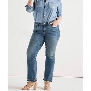 🆕 Lucky Brand Lolita Boot-Cut Curvy Fit Jeans